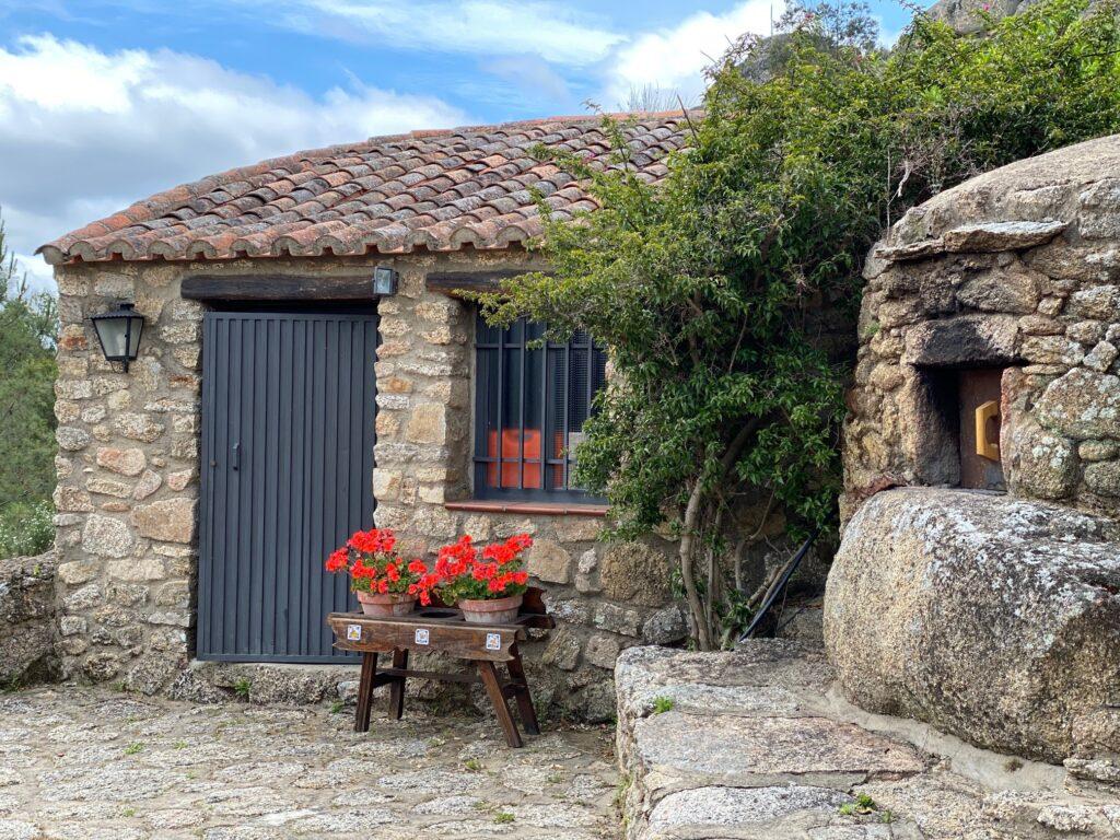 Horno de leña casa rural Virgen de la Cabeza